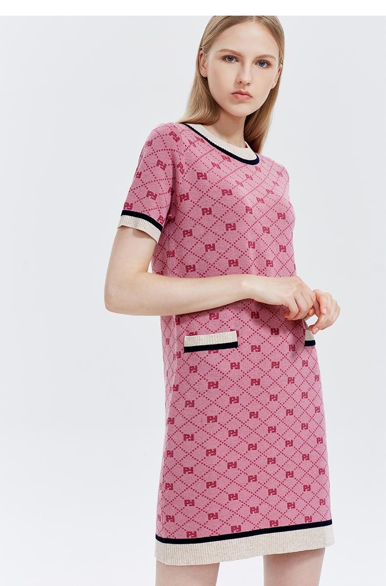 FIVE PLUS2019新款女冬装格子针织连衣裙短袖套头短裙子圆领拼接